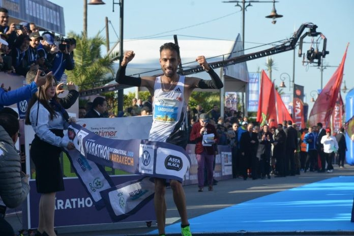 Moroccan athlete Hicham Laqouahi won the 31 Annual Marathon International de Marrakech
