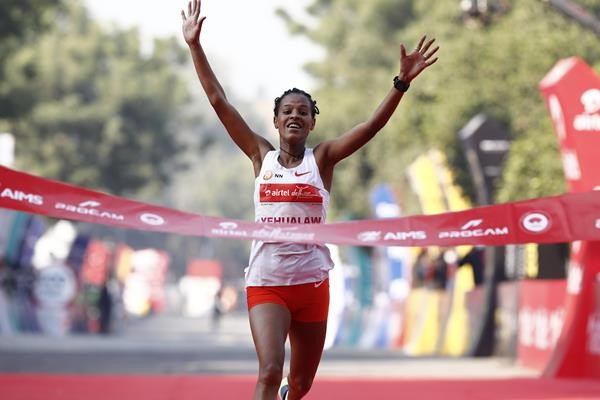 Ethiopia's Yalemzerf Yehualaw and Kenya's Daniel Simiu poised to strike in Madrid