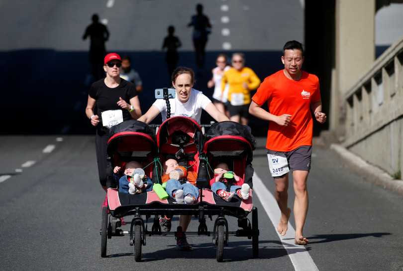 New record set for pushing a triple stroller for Half Marathon in San Jose
