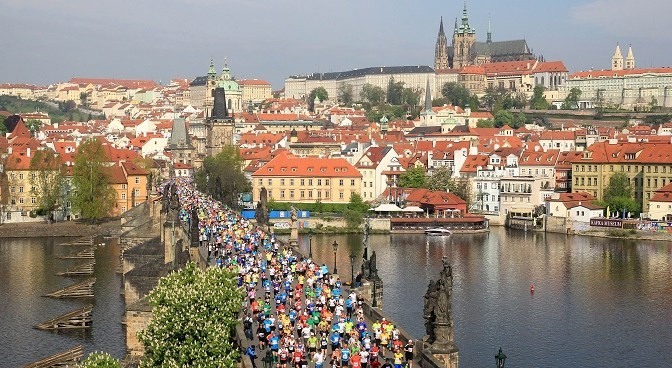 A slew of  Kenyans are ready to battle America's Galen Rupp at Prague Marathon May 6