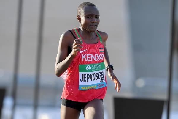 World half marathon record holder Joyciline Jepkosgei will make her marathon debut at the Haspa Marathon Hamburg