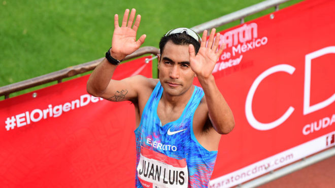 Mexican runner Juan Luis Barrios will be racing the 2019 Scotiabank Toronto Waterfront Marathon