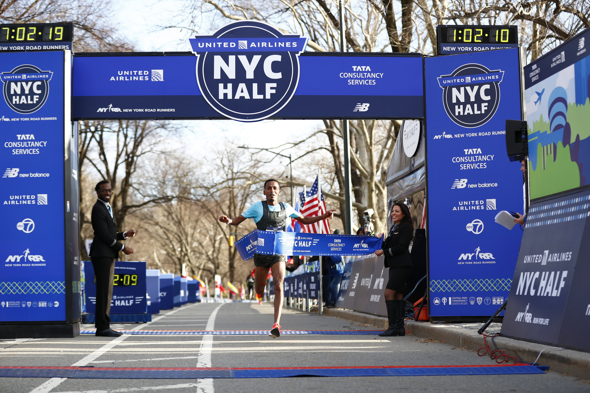 Belay Tilahun of Ethiopia and Joyciline Jepkosgei of Kenya won their New York City racing debuts in the open division