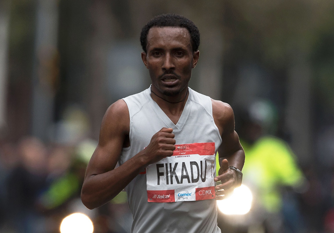 Ethiopian Fikadu Kebede returns to the Mexican capital to defend his title at the Mexico City International Marathon