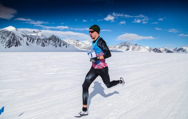 Man Runs 4:17.9  Mile in Antarctica