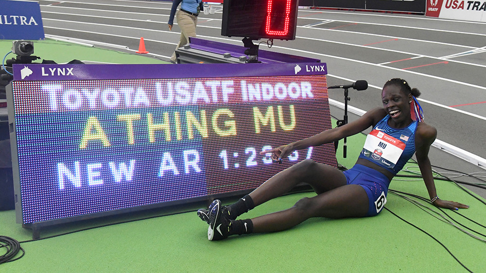 Athing Mu just 16-years-old broke the Women's American Indoor Record for 600m beating some of the best 800m runners in the country on Sunday