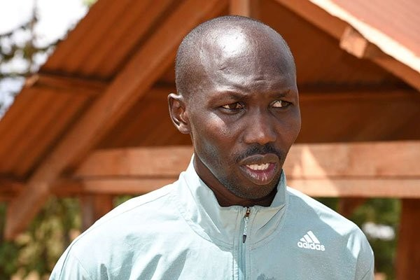 Kipsang's brother will be one of his pacemakers on Sunday