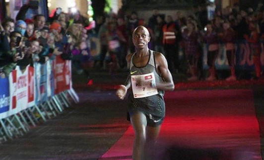 Keter breaks the world 5k road record in Lille