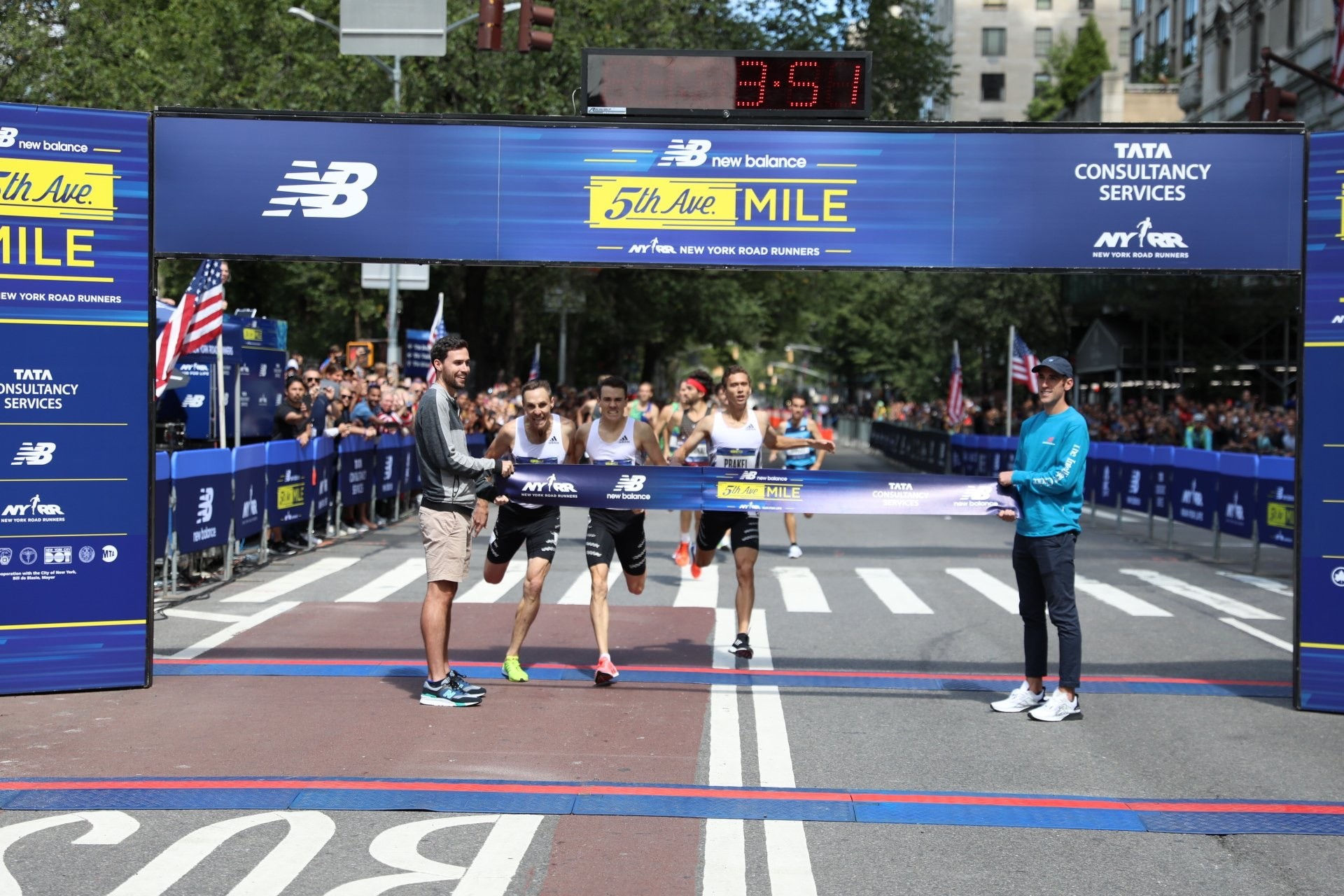 Nick Willis and Jenny Simpson are the New Balance Fifth Ave Mile winners again