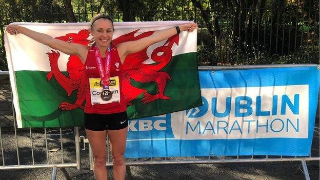 Welsh runner Natasha Cockram breaks national marathon record despite being kicked by a horse four days earlier