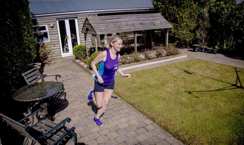 Natalie Bowbanks is going to run her London Marathon in her parents' back garden