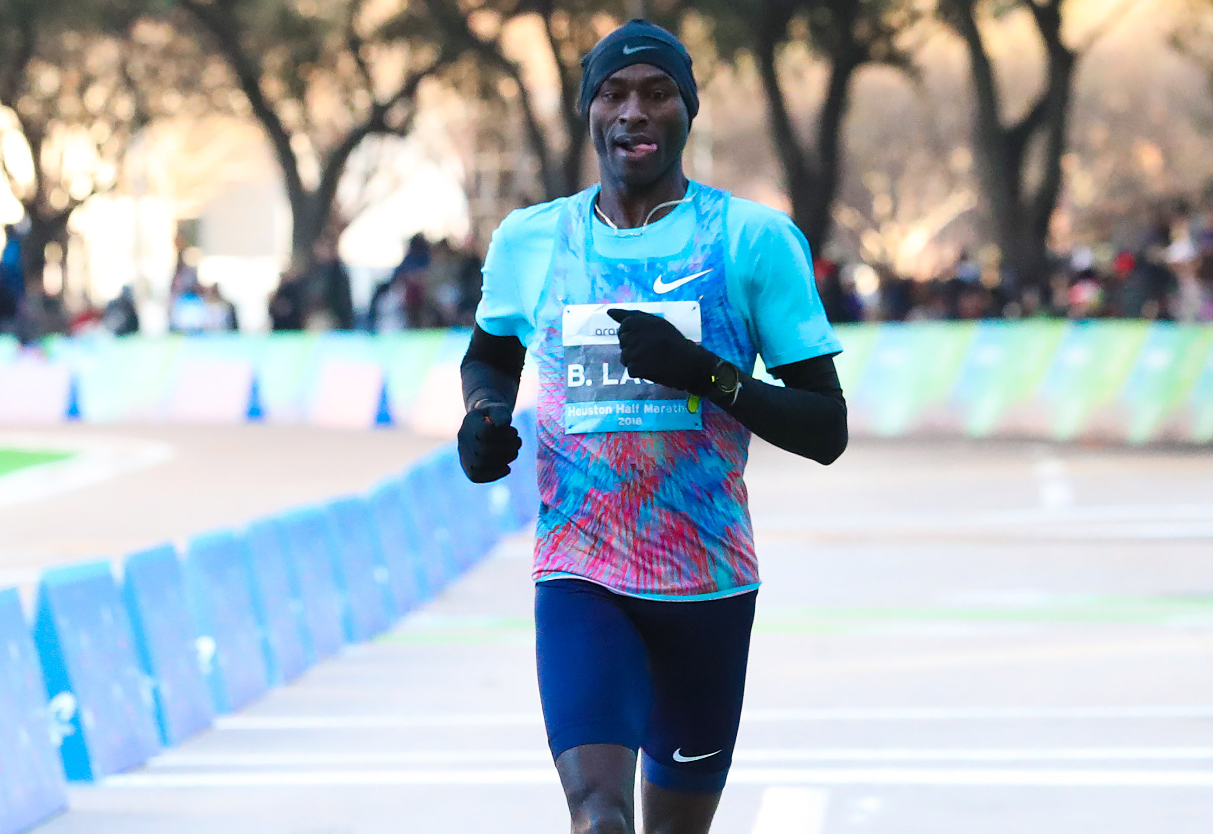 Lagat runs AR Masters for Half of 1:02:00 at Aramco