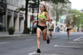 Sara Hall, will be shooting for the women's treadmill half marathon record on June 6 in Chaski Challenge