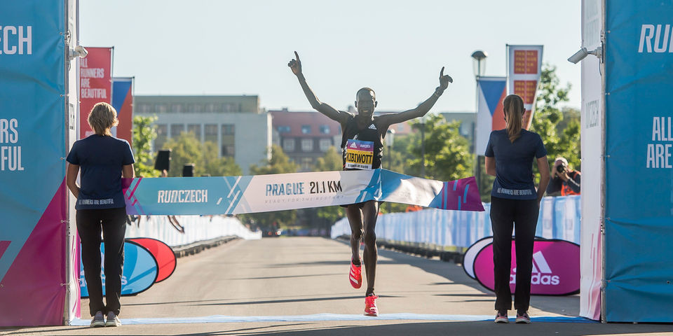 Former world half marathon champions Geoffrey Kamworor and Paul Tergat have said fast-rising Kibiwott Kandie could be the next big thing in distance running