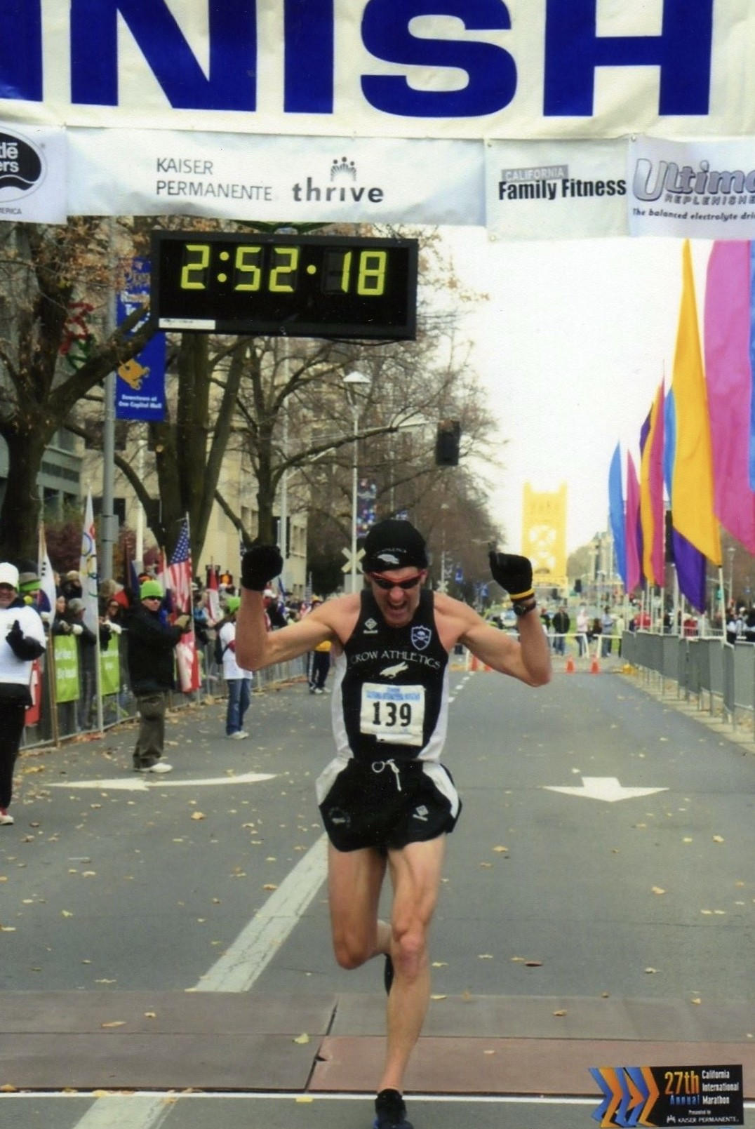 What should I eat or drink during a marathon, pacing and what to do if you just are not into it early - Marathon Man Gary Allen File 3