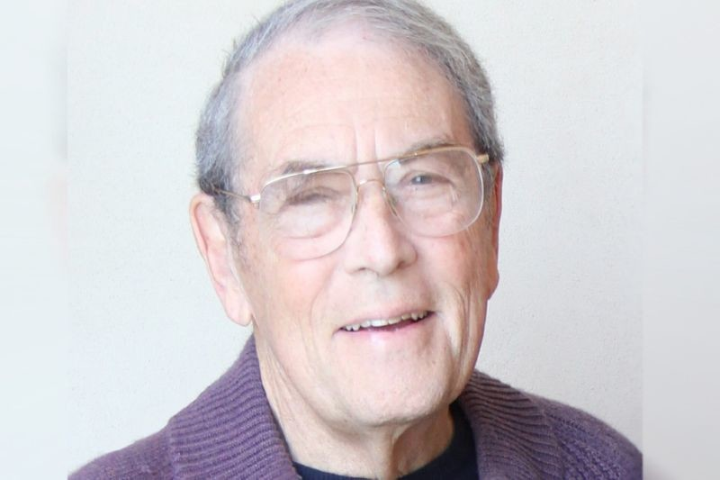Jerry Turner, a pioneer in the athletic footwear business died on Tuesday in Los Angeles at 84