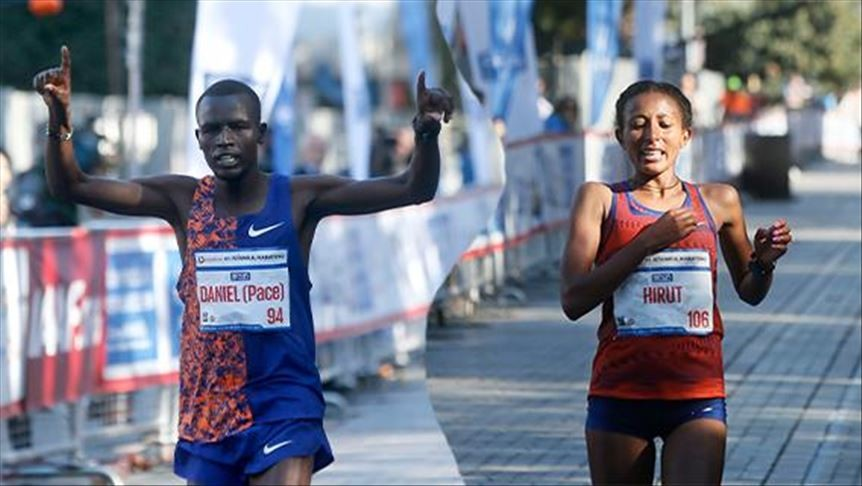 Kenyan Daniel Kipkore Kibet on Sunday won the 41st Istanbul Marathon men's title breaking the course record