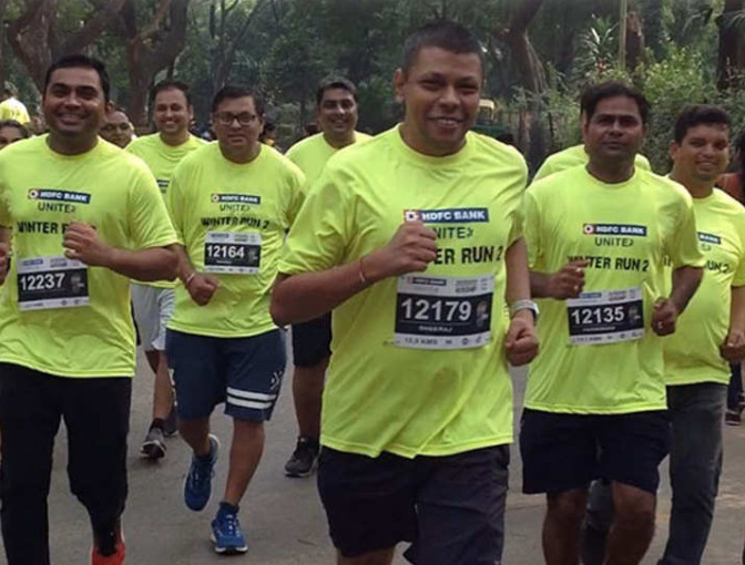Dheeraj Gupta, Founder of Jumboking will be running his eight Mumbai Marathon in January shares his ideas on how running helps him be a better business person