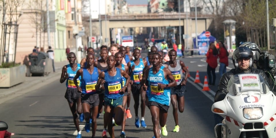 Ethiopian and Kenyan runners to renew rivalry in Prague's half marathon
