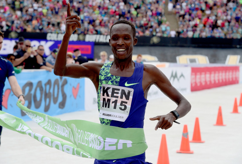 Kenya's Benard Ngeno dominated Bolder Boulder race on Monday