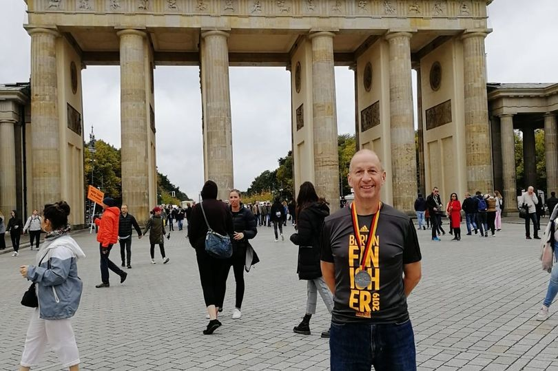 Bristol man Alan Smith, completed the 2019 Berlin marathon just months after abdominal surgery