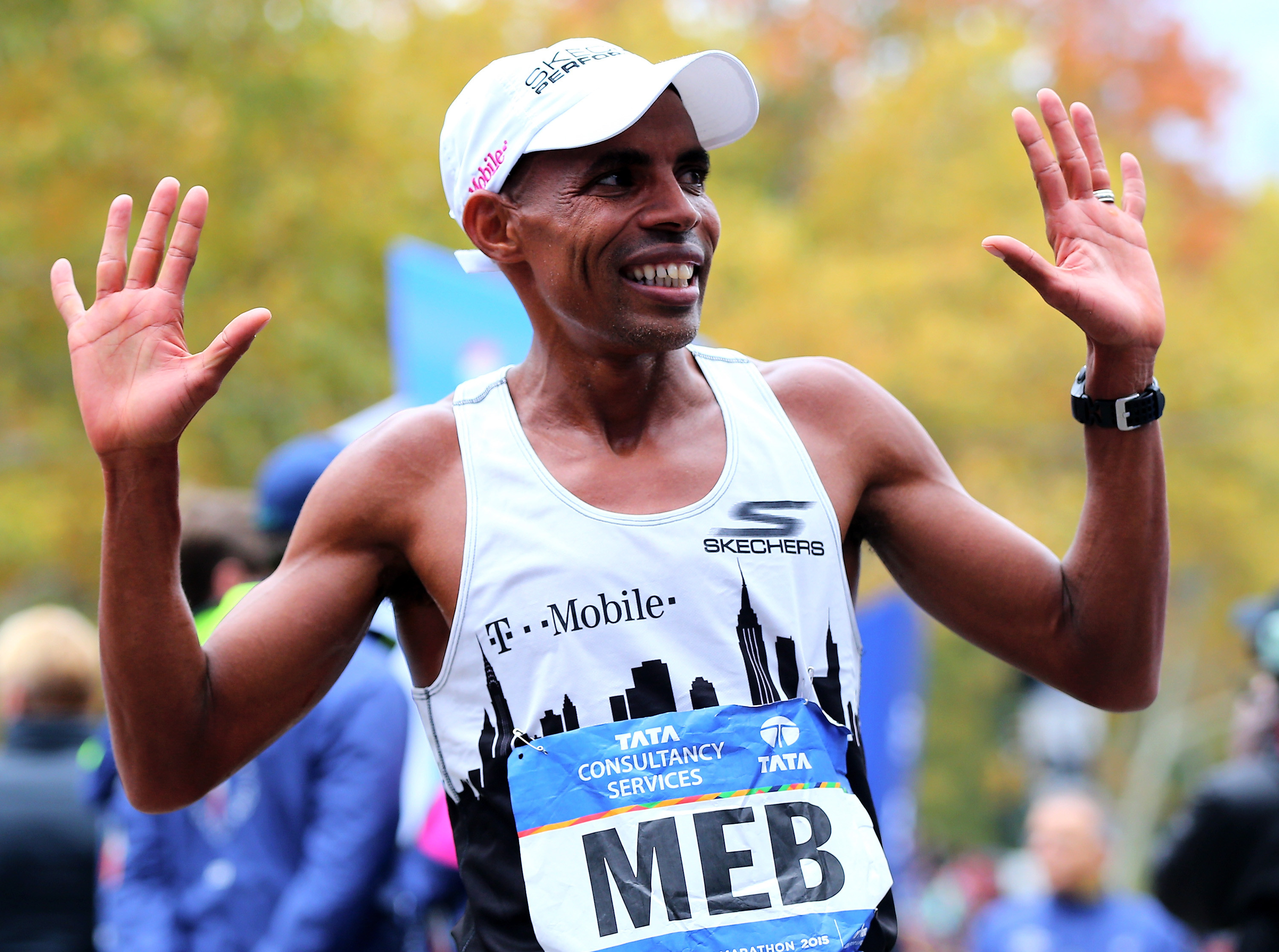 Meb Keflezighi will be pacing at the 2019 Yuengling Shamrock Marathon