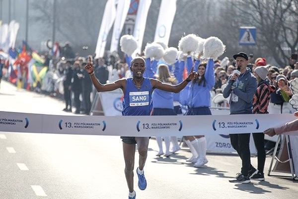 Kenyans steal the show at the Warsaw Half Marathon on Sunday