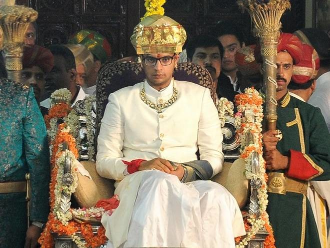 Mysuru King Yaduveer Krishnadatta Chamaraja Wadiyar has confirmed that he will run for charity at the TCS World 10K