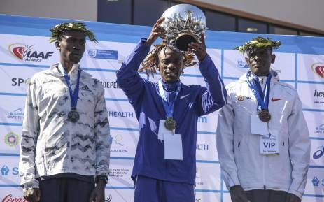 South Africa's Stephen Mokoka won the 2018 Cape Town marathon, setting a new course record