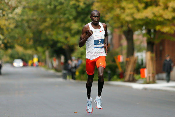 Ezekiel Mutai of Kenya won the Rock´n´Roll Montreal clocking 2:11:05