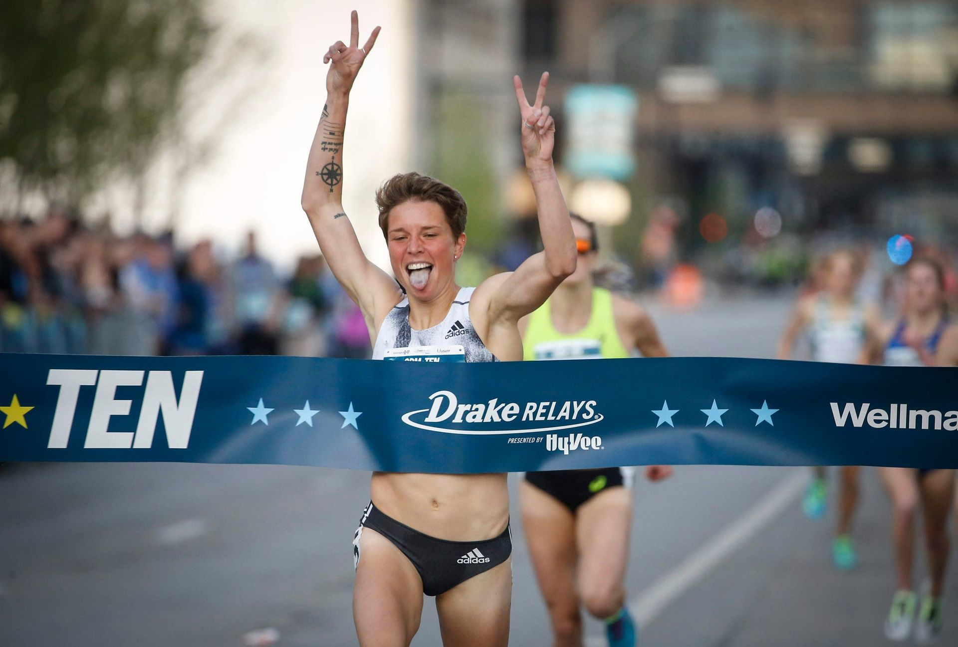 San Diego runner Nikki Hiltz, set a new Blue Mile record in the Women's Mile