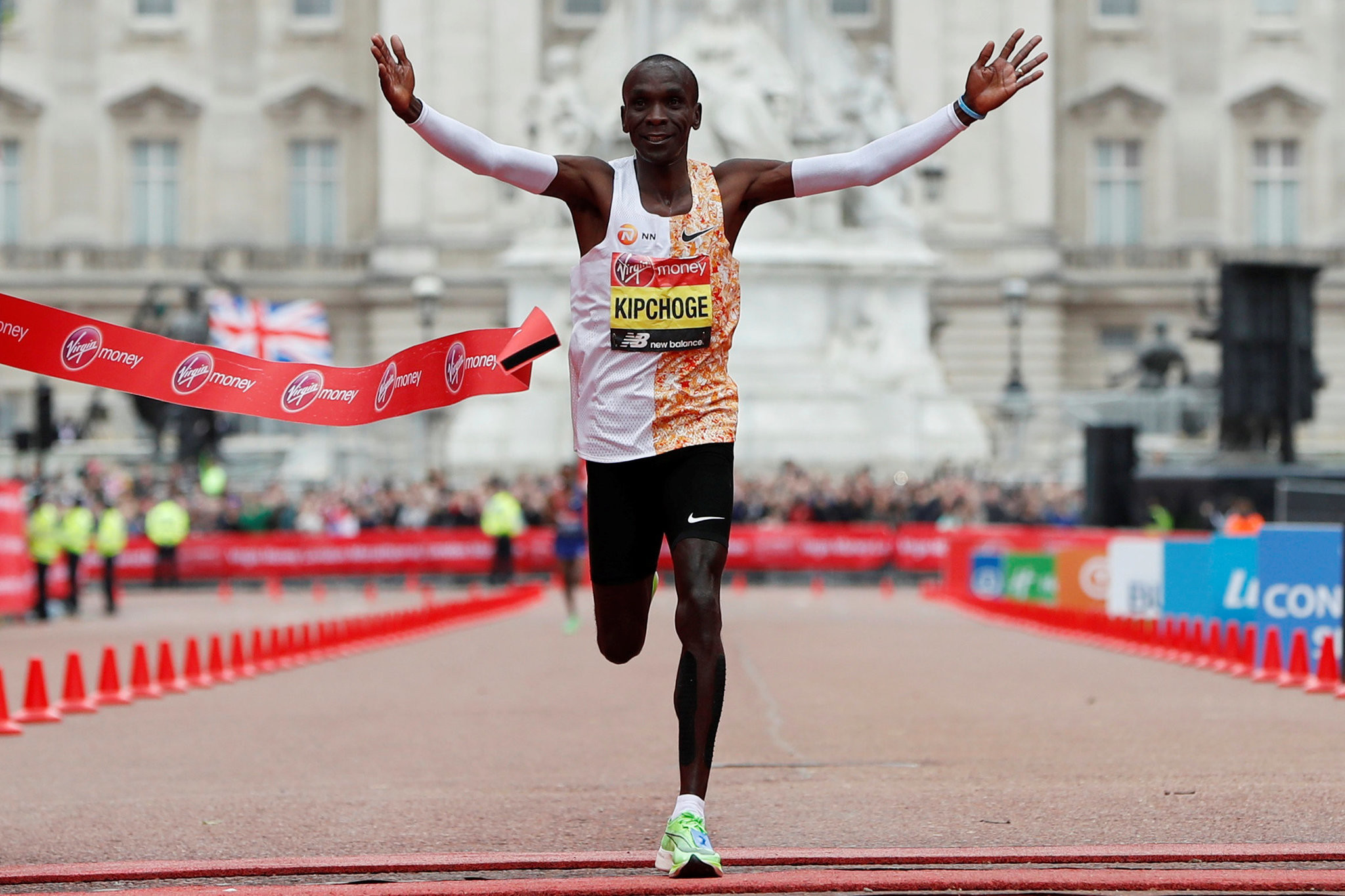 World marathon record holder Eliud Kipchoge dreams of fast time at London marathon