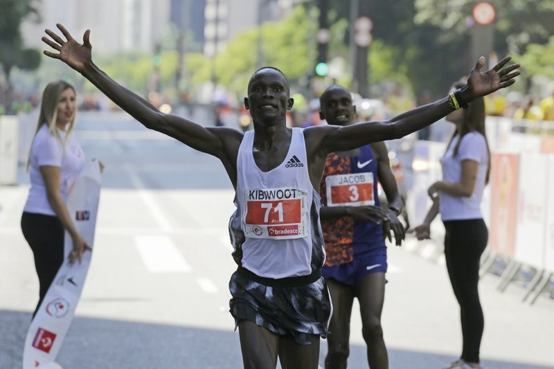 Kenyan Kibiwott Kandie comes from behind to crack course record in Sao Paulo