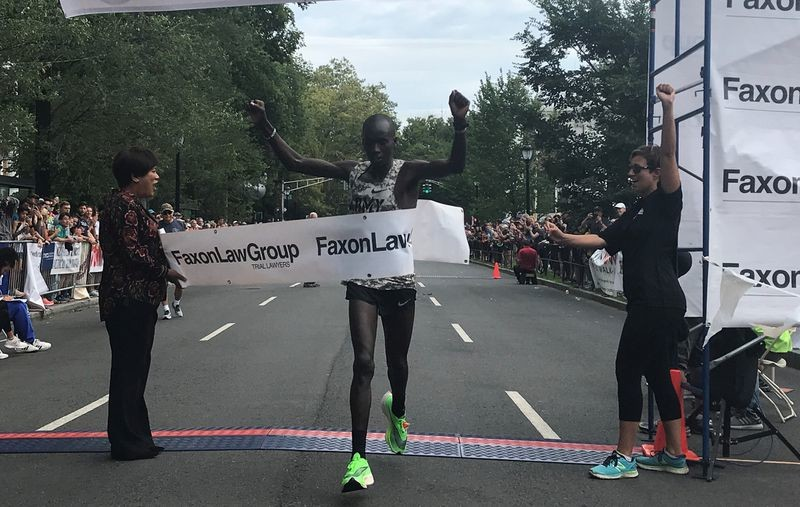 Leonard Korir and Sara Hall defend their national titles at the Faxon Law New Haven 20K