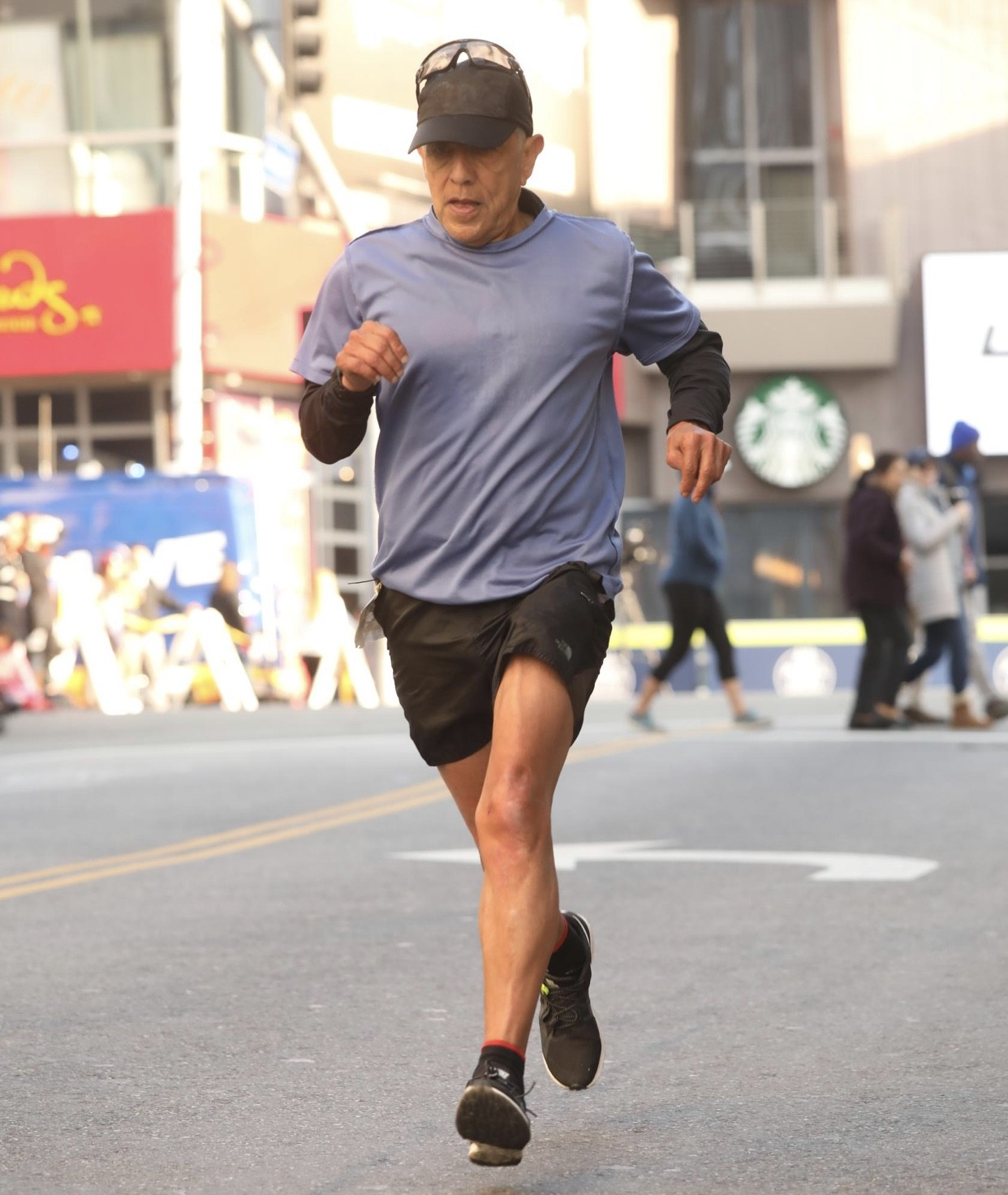 70-year-old Frank Meza who was disqualified after clocking 2:53:10 at the Los Angeles marathon has been found dead