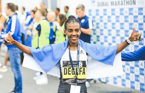 Ethiopians Worknesh Degefa sizzles 2:19:38 in Dubai, while debutant Olika Adugna prevails in men's race