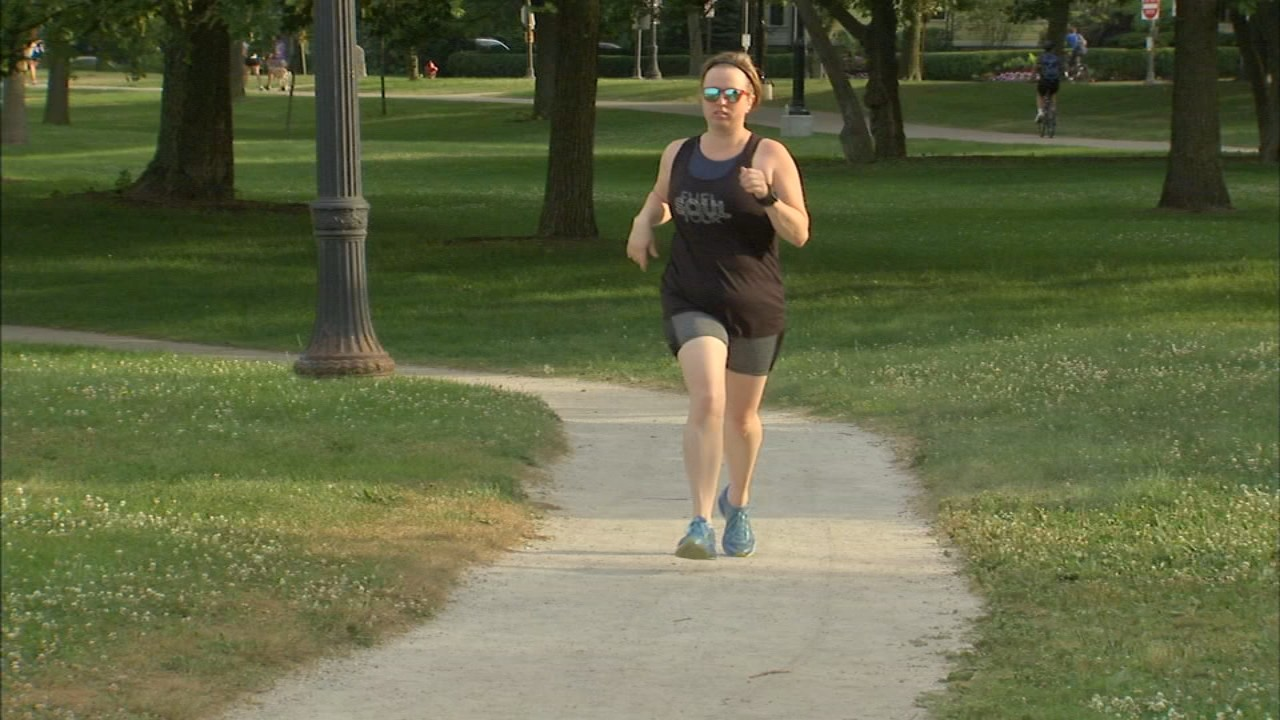 Melissa Manak wants to feel the music at the  Rock 'n' Roll Chicago Half Marathon, she is deaf
