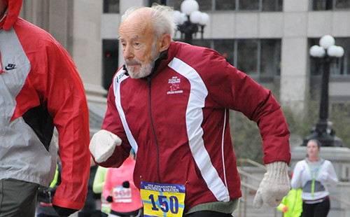 96-year-old Mike Fremont still runs 10 miles three times per week