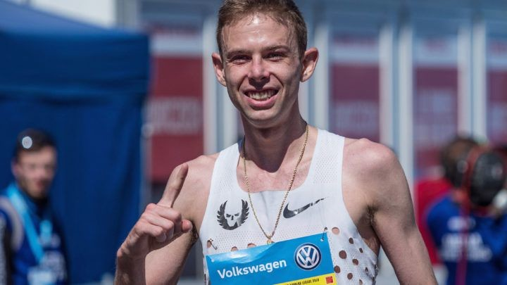 Galen Rupp will tune up for the U.S. Olympic Marathon Trials by running the Sprouts Mesa Half Marathon this Saturday in Mesa, Arizona