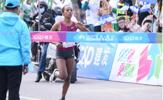 The top four women were inside the course record  at the Lanzhou Marathon Sunday