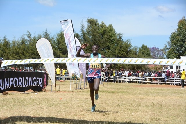 Kenyan Michael Kibet qualified for the World Championships in Doha