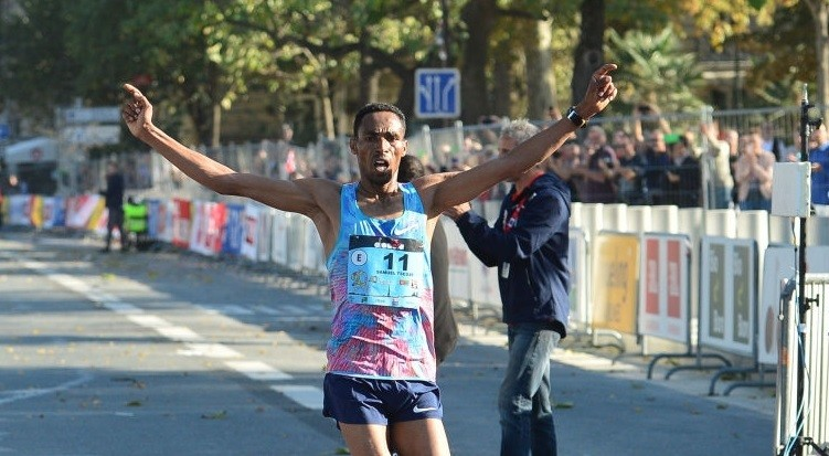Samuel Tsegay wins the 40th annual 20km de Paris on Sunday