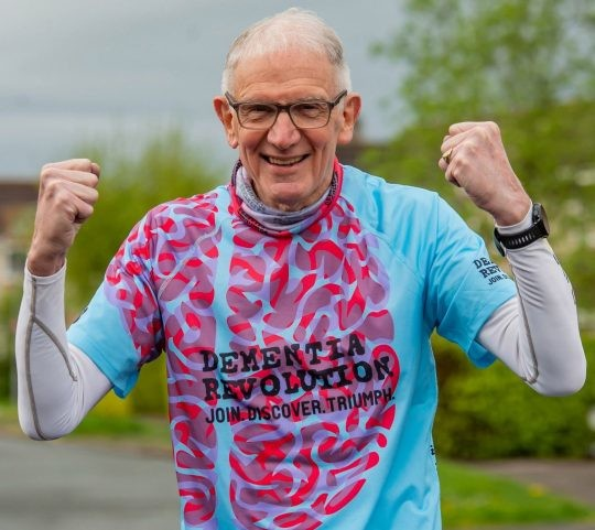 A grandfather pensioner with dementia is set to take on his 131st marathon in London Sunday