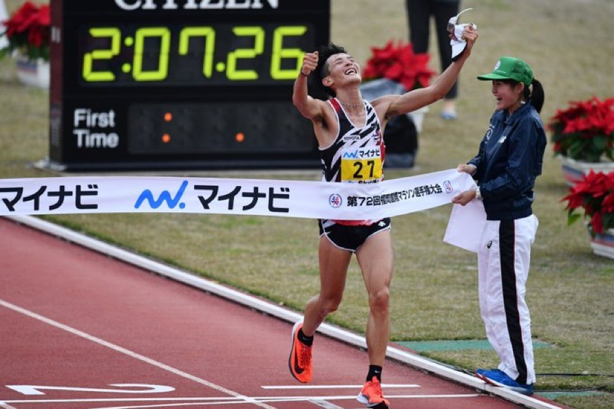Yuma Hattori wins the Fukuoka Marathon the first Japanese runner to win in 14 years