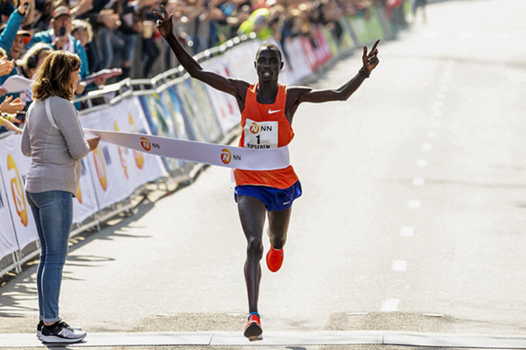 Kenya's Marius Kipserem regained his NN Rotterdam Marathon title with a course record of 2:04:11