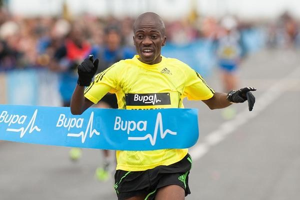 Record holder Stephen Mokoka heads local charge at Cape Town 12 Onerun
