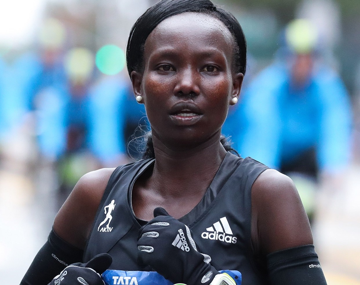 Kenya's Mary Keitany pulled off her fourth New York City Marathon win crushing the field