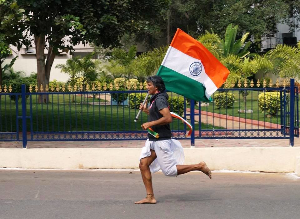 Milind Soman ran 72K in Delhi to celebrate India's 72nd Independence Day