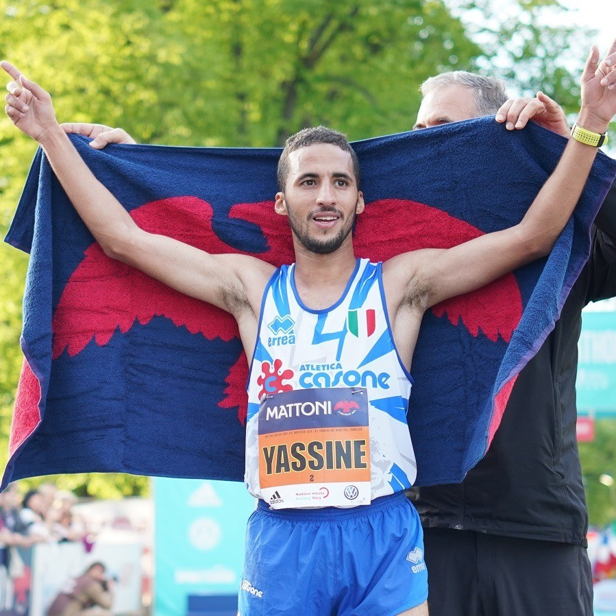 Yassine Rachik won the Mattoni Karlovy Vary Half Marathon clocking 1:02:59
