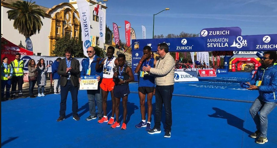 Both the men and women course records were smashed at the 35th Annual Zurich Marathon in Sevilla